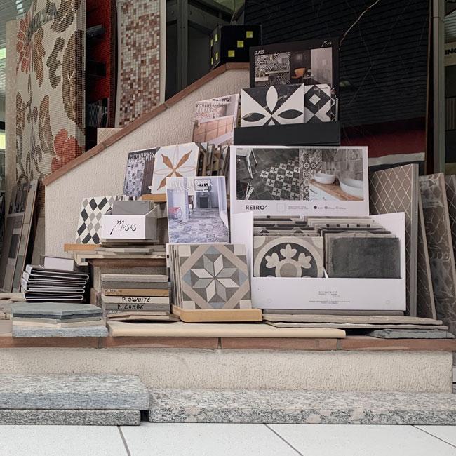 Esposizione pattern pavimenti